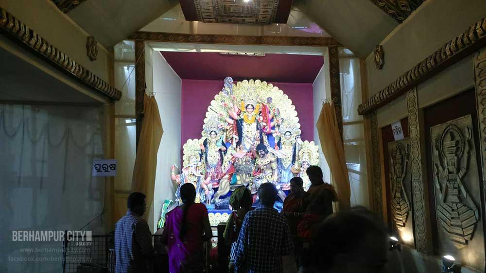 Durga Puja Kamapalli in Berhampur City